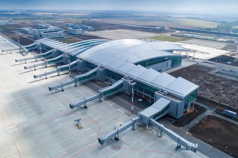 Услугами «Платова» запервый месяц возпользовались более 200 тысяч пассажиров