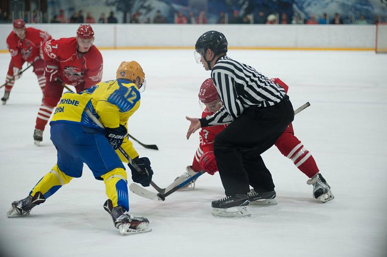 Показали характер: донские хоккеисты одержали победу, уступая походу матча три шайбы